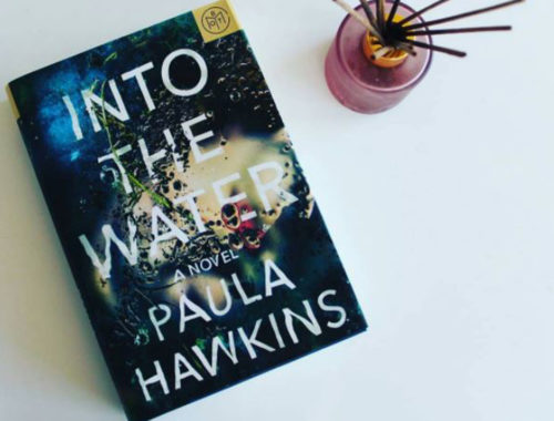 Review Buku Novel Into The Water